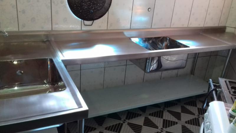 Pias Industriais Inox em Embu das Artes - Pia em Aço Inox com Duas Cubas para Cozinha Industrial